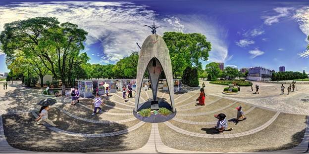 「原爆の子の像」 広島平和記念公園 360度パノラマ写真