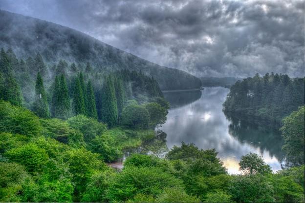 湖畔の朝 田貫湖