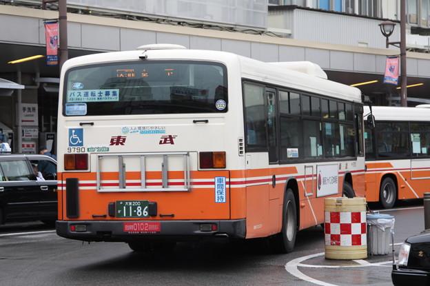 東武バス 9790号車 後部