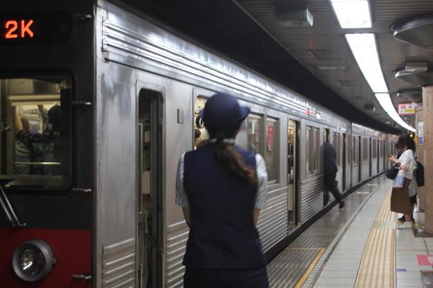 東京メトロ半蔵門線の女性車掌