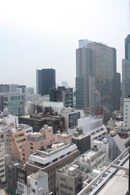 GINZA SIXの屋上階から見た銀座の街並み 16