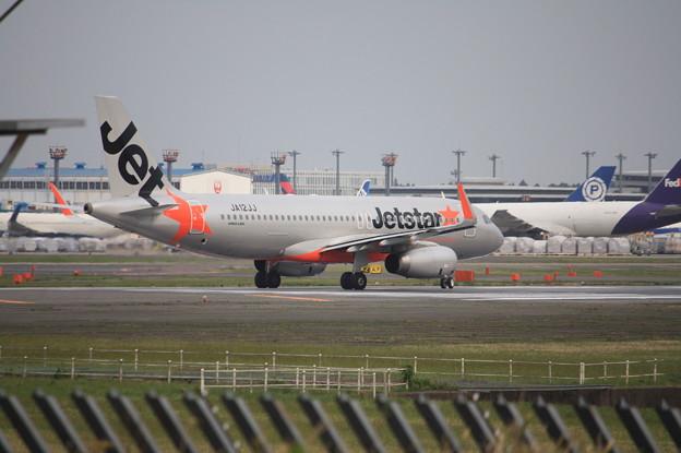 ジェットスタージャパン エアバスA320-200 JA12JJ