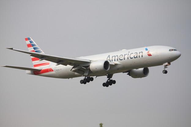 アメリカン航空 ボーイング777-200 N765AN