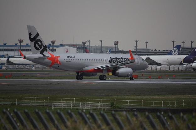 ジェットスタージャパン エアバスA320-200 JA08JJ
