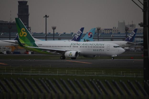春秋航空日本 ボーイング737-800 JA04GR
