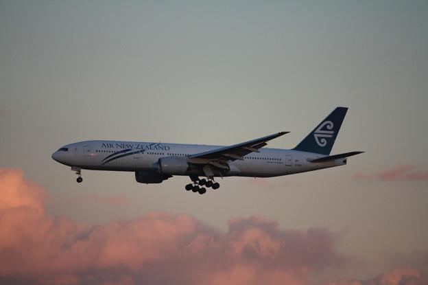 ニュージランド航空 ボーイング777-200ER ZK-OKB