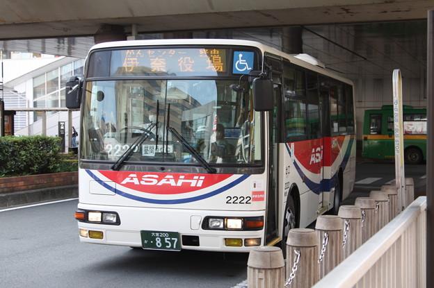 朝日バス 2222号車