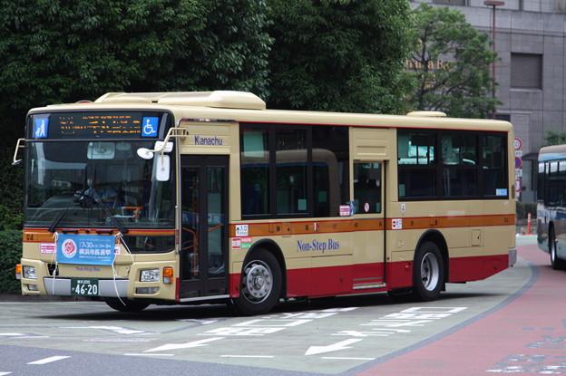 神奈川中央交通 な4号車