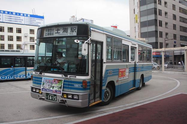 関鉄観光バス 1686TC