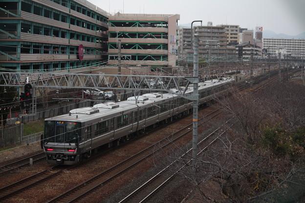 JR京都線 223系2000番台J11編成 快速 米原 行