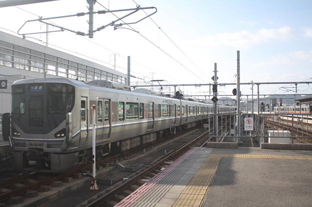 JR神戸線 225系I6編成