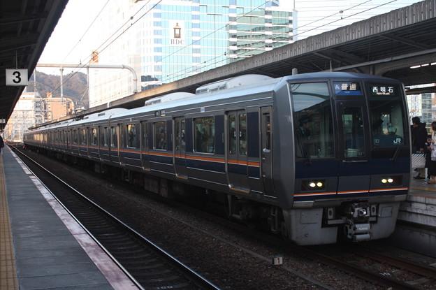 JR神戸線 207系1000番台S37編成 リニュアール車 (1)