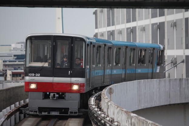 ニュートラム南港ポートタウン線 100A系101-32F