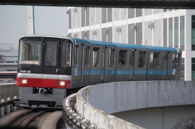 ニュートラム南港ポートタウン線 100A系101-32F (2)