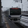 Photos: 積雪の中で友部を発車する常磐線E531系K408編成