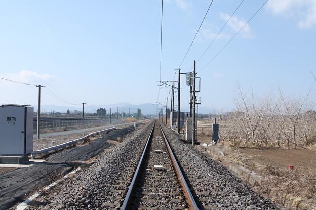 常磐線原坪踏切下りから線路を眺める (1)