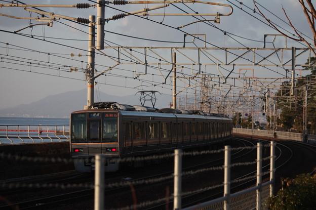 JR神戸線 207系1000番台T16編成