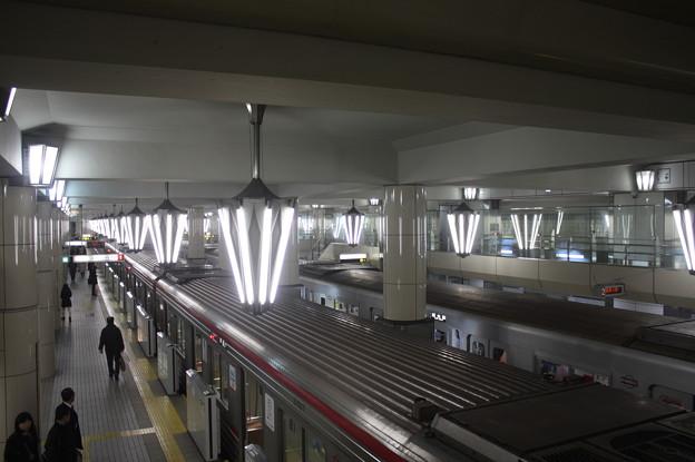 Photos: 大阪市営地下鉄御堂筋線 天王寺駅 ホーム