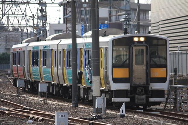 水戸駅の電留線で待つ水郡線キハE130系