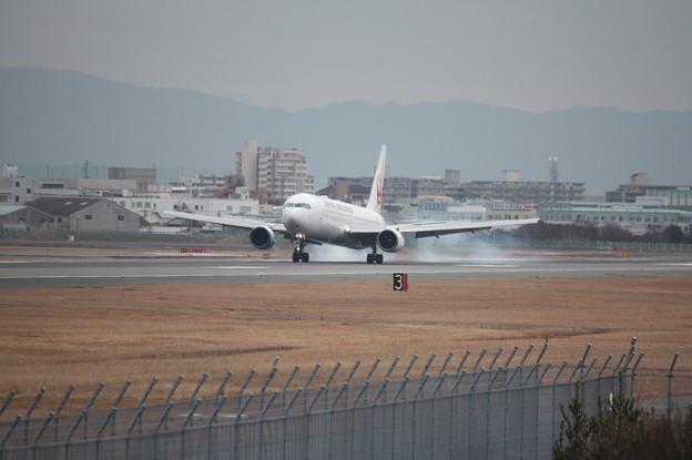日本航空 JAL B767‐300ER JA602J (1)