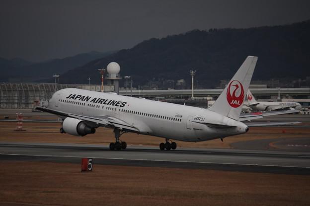 日本航空 JAL B767-300ER JA623J (2)