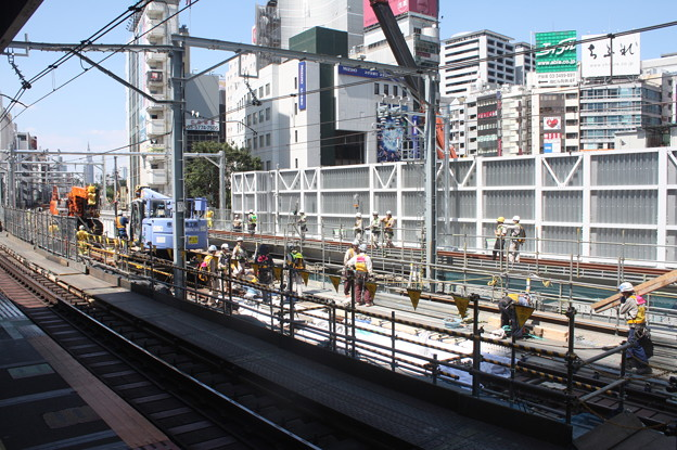 埼京線・湘南新宿ライン渋谷駅線路切替工事の様子 20180603_12