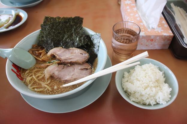 ラーメン山岡家 味噌ラーメンメンマ・チャーシュートッピング&ライス