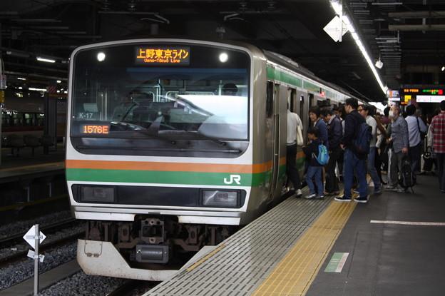 品川駅6番線に停車するE231系1000番台K-17編成