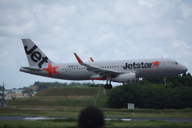 ジェットスタージャパン A320-200 JA22JJ (2)