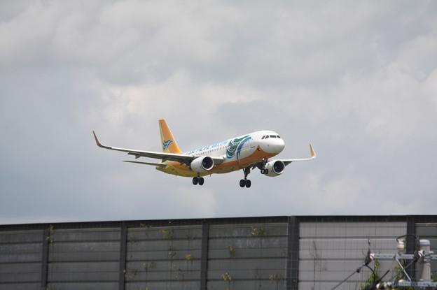 セブパシフィック航空 A320-200 RP-C3275