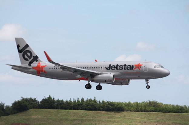 ジェットスタージャパン A320-200 JA21JJ (1)