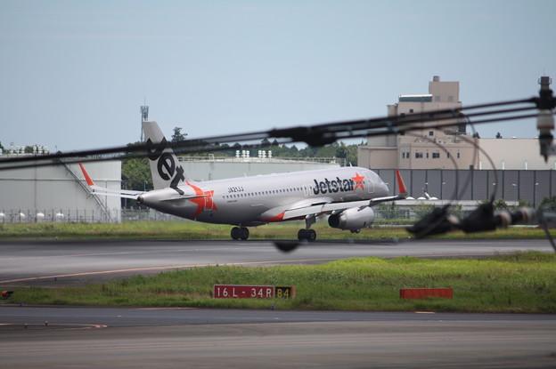 ジェットスタージャパン A320-200 JA21JJ (3)