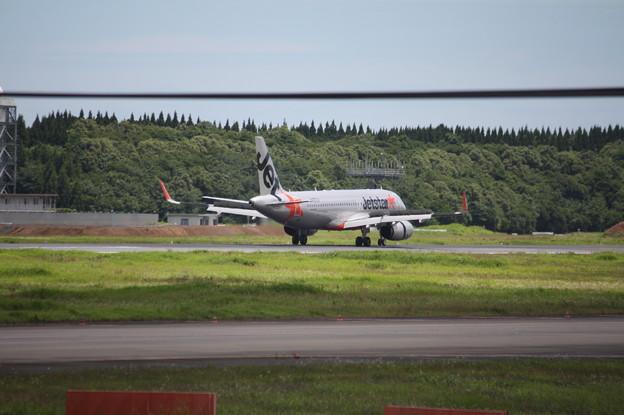 ジェットスタージャパン A320-200 JA21JJ (4)