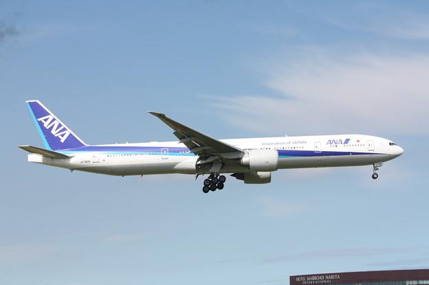 全日空 ANA B777-300ER JA782A (2)