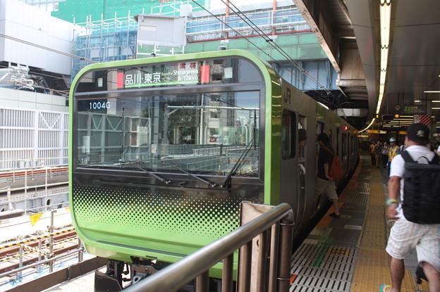 山手線 E235系トウ18編成 (1)