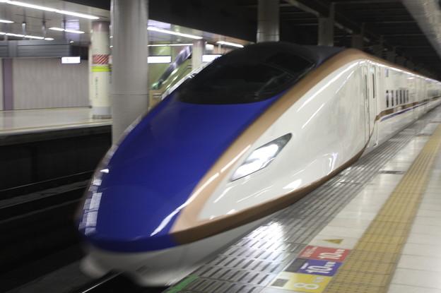 北陸新幹線 E7系F8編成