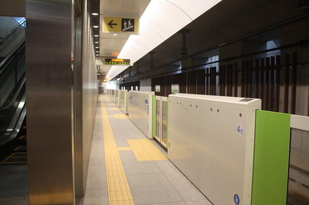 仙台市営地下鉄東西線 国際センター駅2番線ホーム