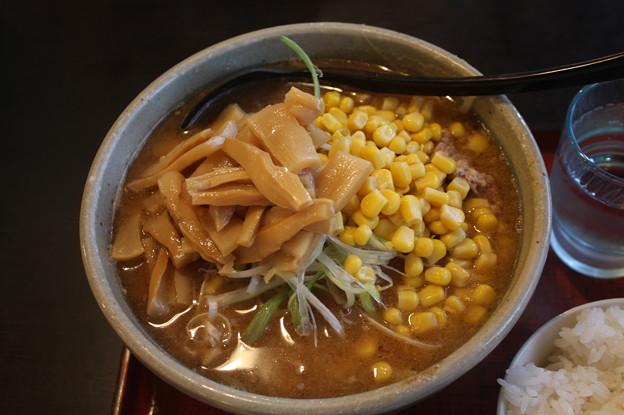 らーめんげんき屋 味噌ラーメン メンマ・コーン トッピング (1)