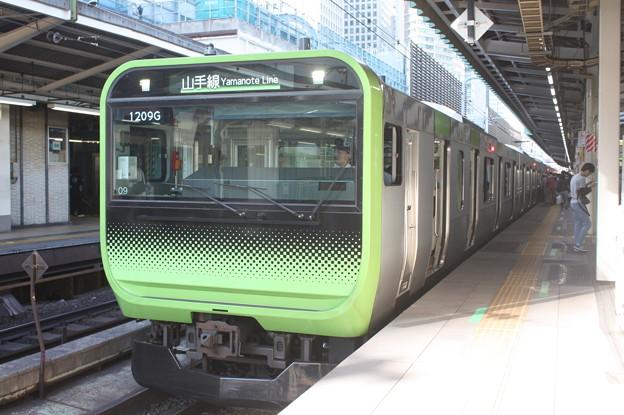 山手線 E235系トウ09編成