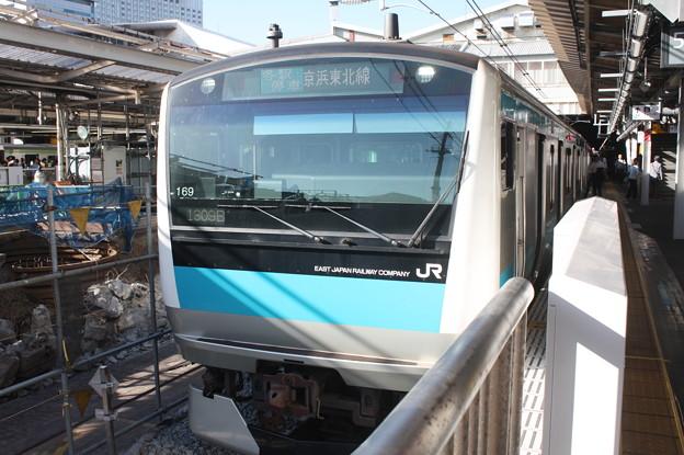 京浜東北線 E233系1000番台サイ169編成 品川駅5番線停車中