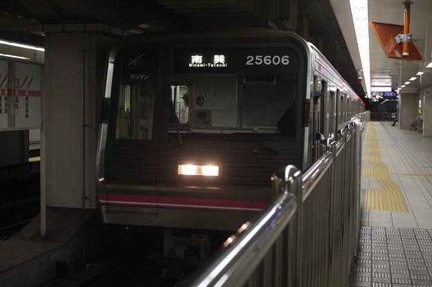 大阪メトロ千日前線 25系25606F