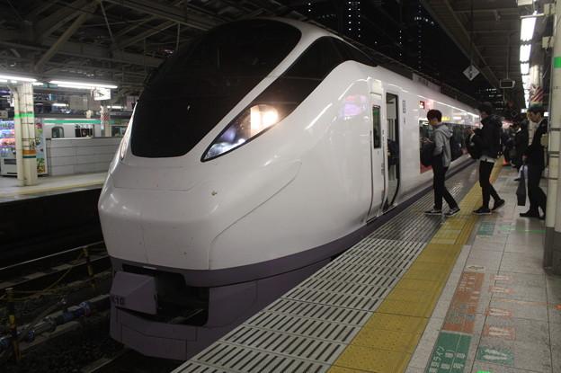 上野東京ライン E657系 特急ときわ71号 東京駅到着 (1)