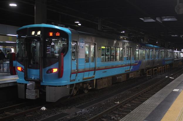 IRいしかわ鉄道 521系