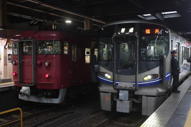北陸本線 413系・521系