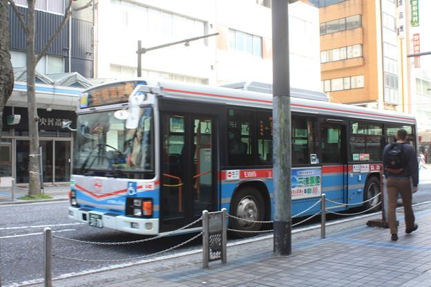京浜急行バス E1065号車