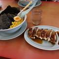 Photos: ラーメン山岡家 味噌ラーメン メンマ・コーン トッピング & 餃子