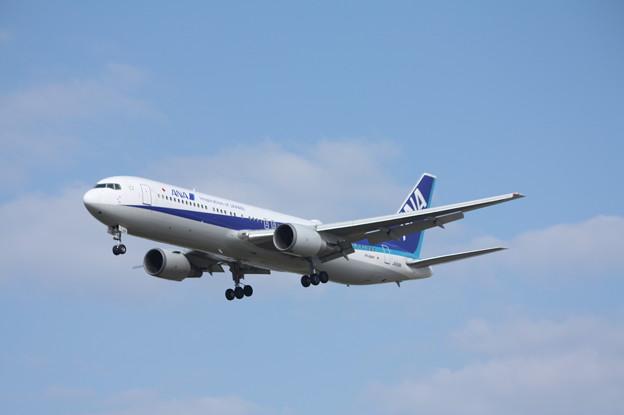 全日空 ANA B767-300ER JA618A