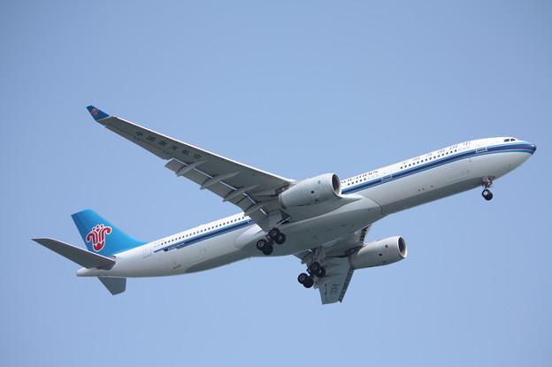 中国南方航空 A330-300 B-8362 (3)
