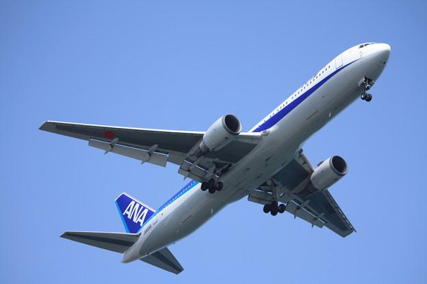 全日空 ANA B767-300 JA8568 (1)
