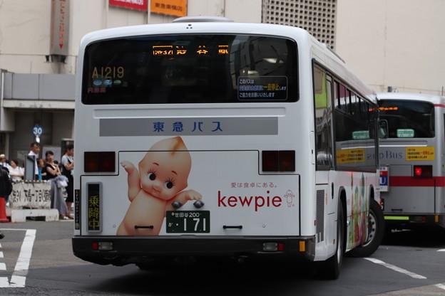 東急バス A1219 リア側